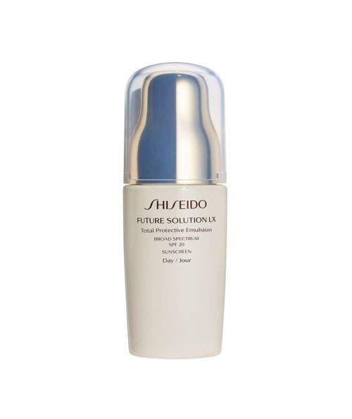 Shiseido  Future Solution LX - Total Protective - Emulsion SPF 20