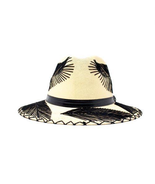 Summer Romero  Sombrero Krei - Crudo con Plumas Negras